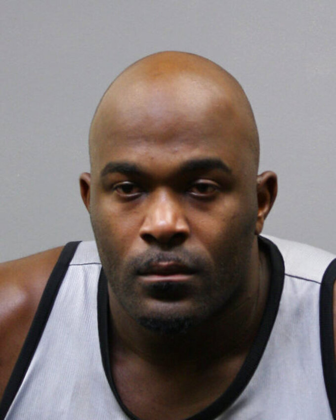 Ex-Texans star Mario Williams accused of trespassing at home
