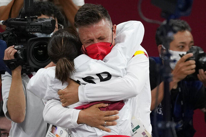 Sánchez leads first 3 champions in karate's Olympic debut