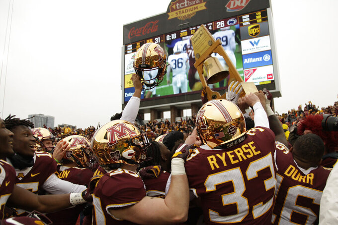 No. 13 Minnesota stays unbeaten vs No. 5 Penn State, 31-26