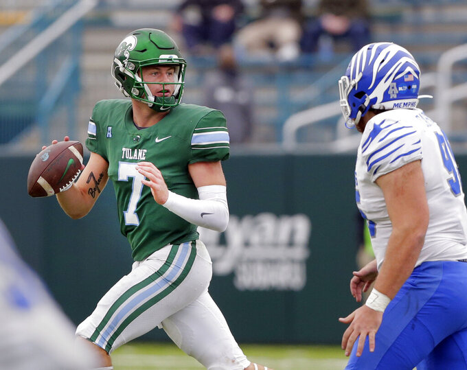 Tulane quarterback Michael Pratt (7) throws against Memphis during an NCAA college football game in New Orleans, La., Saturday, Dec. 5, 2020. (A.J. Sisco/The Advocate via AP)