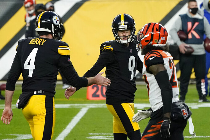 Pittsburgh Steelers kicker Chris Boswell (9) celebrates making a 30-yard field goal during the first half of an NFL football game against the Cincinnati Bengals, Sunday, Nov. 15, 2020, in Pittsburgh. (AP Photo/Keith Srakocic)