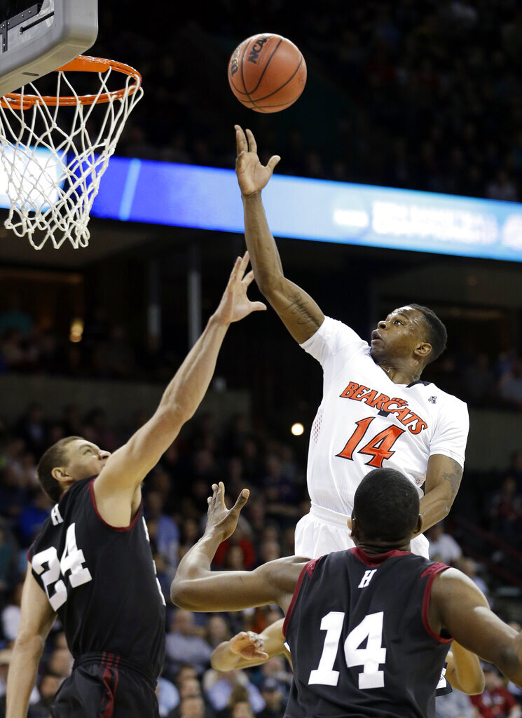 NCAA Harvard Cincinnati Basketball
