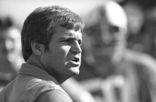 Obit Meyer Football