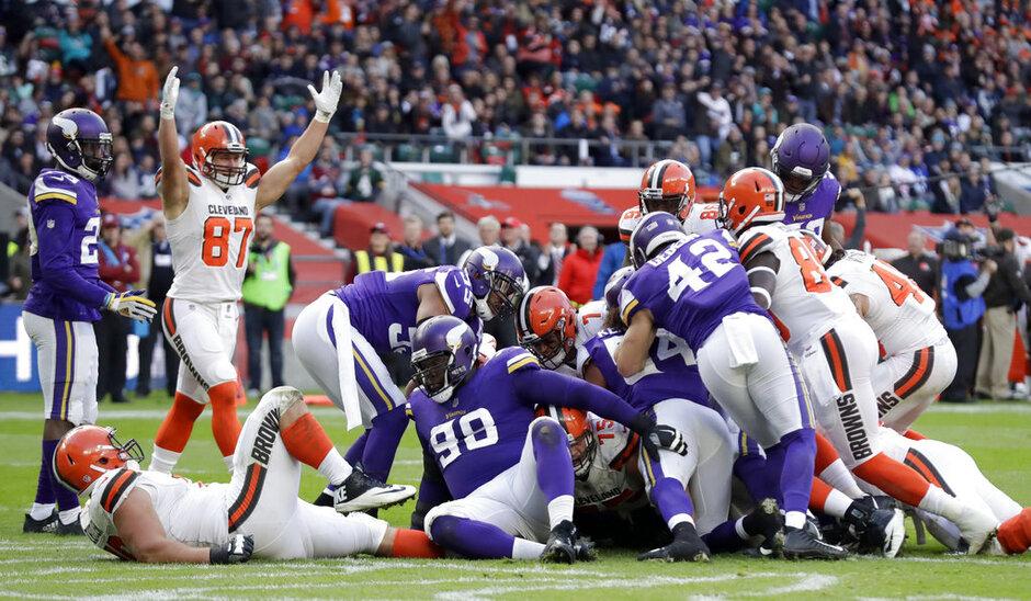 Vikings Browns Football