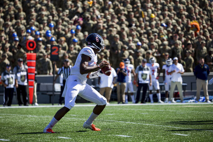 Morgan State Bears quarterback DeAndre Harris (6) gets ready to pass before the whistle is blown during the first half of an NCAA college football game, Saturday, Sept. 21, 2019 in West Point, N.Y. (AP Photo/Julius Constantine Motal)