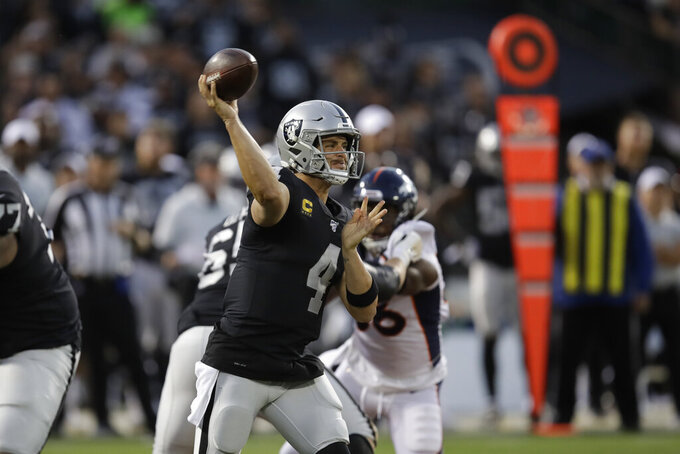 Carr, Jacobs lead Raiders past Flacco, Broncos 24-16