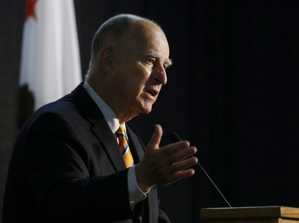 California Governor Signs Net Neutrality Bill, FCC Calls It 'Illegal'