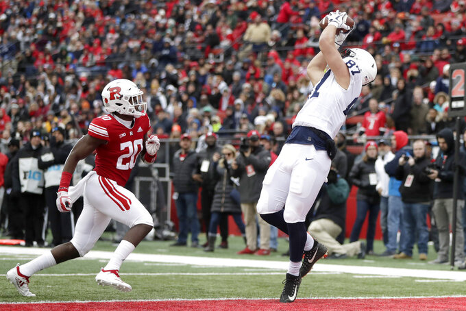 McSorley becomes winningest QB at Penn State as D dominates