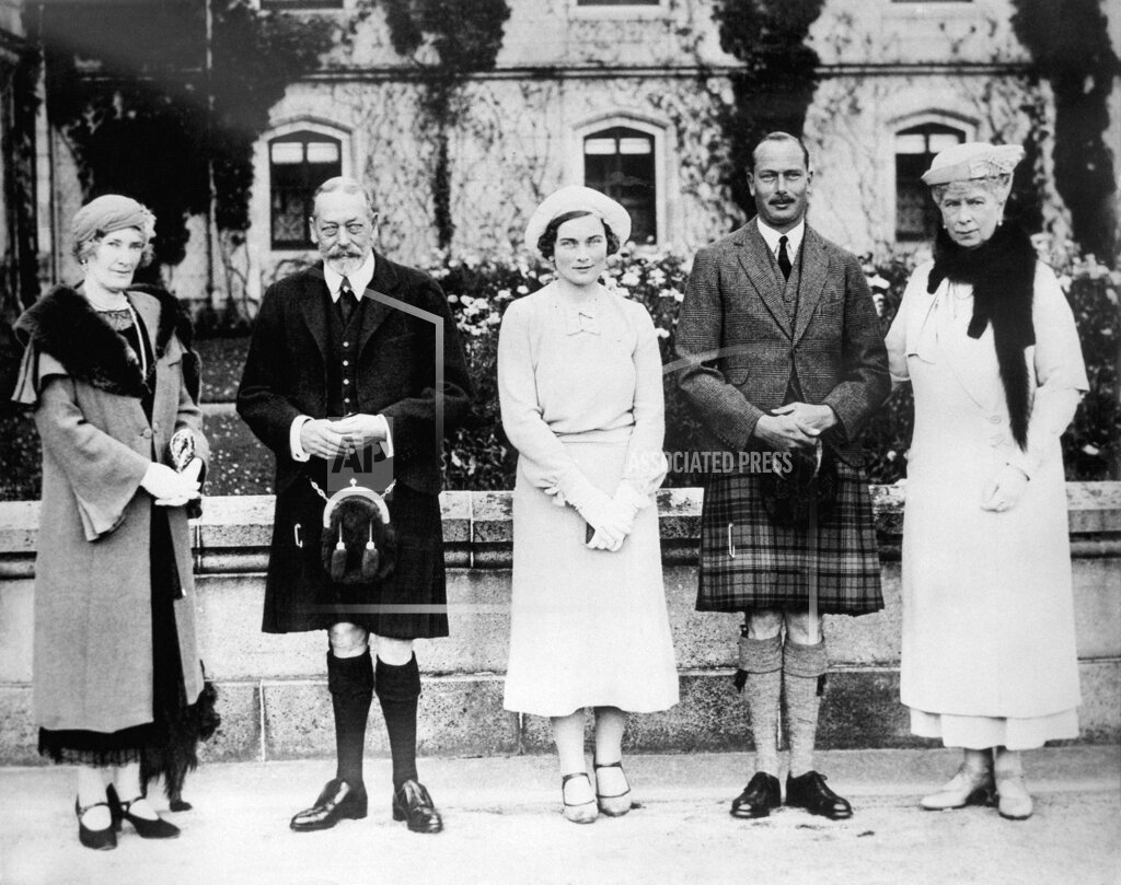 Watchf AP I FILE  XSC GBR APHS384796 King George V and Queen Mary