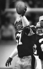 In this Dec. 7, 1986, photo, Pittsburgh Steelers Donnie Shell holds up his 50th intercepted football pass in the third quarter of an NFL football game against the Detroit Lions in Pittsburgh. Donnie Shell knew he was ahead of his time. It's why the Pittsburgh Steelers safety never worried about whether he'd get into the Hall of Fame. His long wait ended this week, when he got the call more than 30 years after playing his final game. (Pittsburgh Post-Gazette via AP)