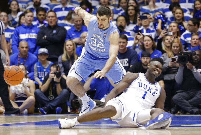 Shoe blowout, knee injury leave Zion, Duke to mull future