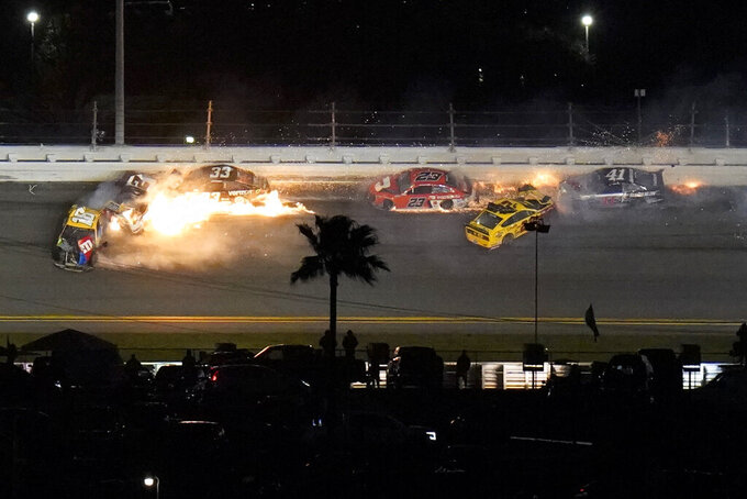 Penske imperfect: Logano, Keselowski crash in Daytona 500