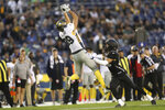 FILE - In this March 17, 2019, file photo, San Diego Fleet tight end Gavin Escobar (89) makes a critical first down catch on fourth and long over Birmingham Iron defensive back Max Redfield (20) late in the second half of an Alliance of American Football game in San Diego.The Alliance of American Football is suspending operations eight games into its first season. A person with knowledge of the decision tells The Associated Press the eight-team spring football league is not folding, but games will not be played this weekend. The decision was made by majority owner Tom Dundon. The person spoke to The Associated Press on condition of anonymity because league officials were still working through details of the suspension. An announcement from the league is expected later Tuesday, April 2, 2019.(AP Photo/Peter Joneleit, File)