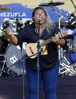 Reymar Perdomo sings