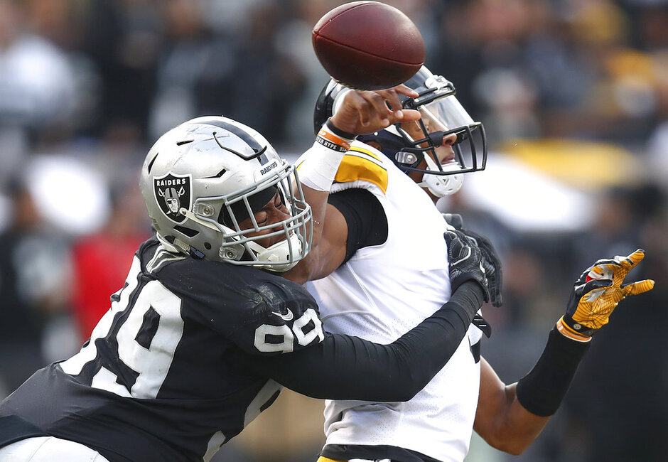 APTOPIX Steelers Raiders Football