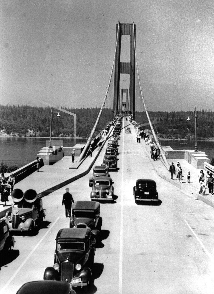 Associated Press Domestic News Washington United States TACOMA'S NARROWS BRIDGE