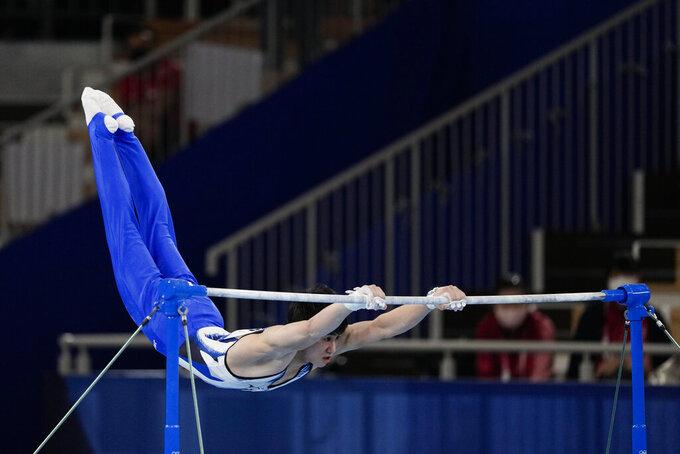 Daiki Hashimoto, of Japan, performs on the horizontal bar during the artistic gymnastics men's apparatus final at the 2020 Summer Olympics, Tuesday, Aug. 3, 2021, in Tokyo, Japan. (AP Photo/Jae C. Hong)