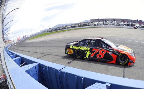 0318_SPO_LDN-L-NASCAR-0318-WL