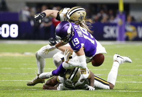 Saints Vikings Football