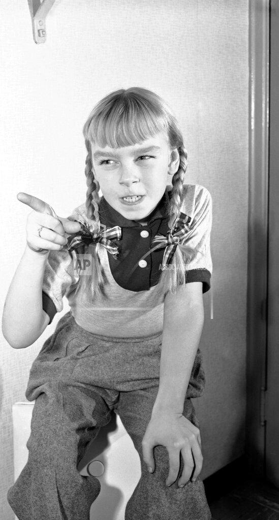 Watchf AP A ENT NY USA APHS255614 Bad Seed Actress 1954