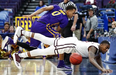 APTOPIX SEC LSU Mississippi St Basketball