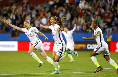 Crystal Dunn, Alex Morgan, Morgan Brian