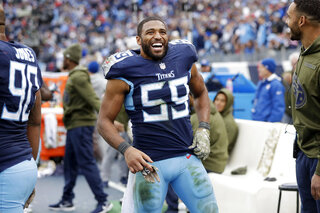 Titans Woodyard  Football