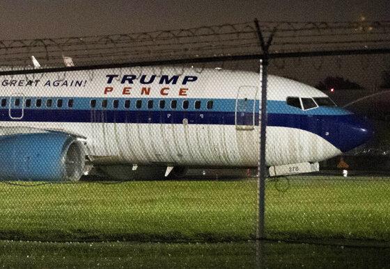 Campaign 2016 Pence Plane