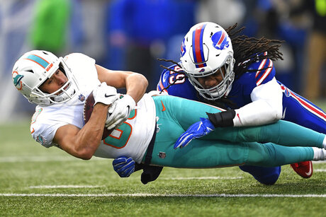 APTOPIX Dolphins Bills Football