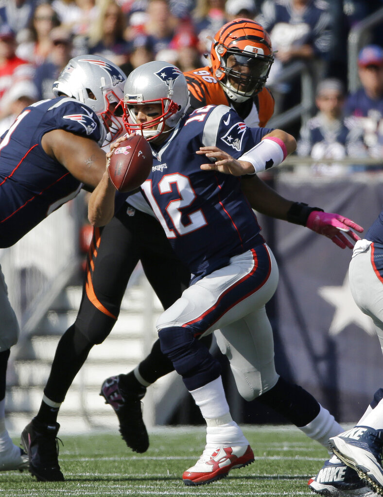 Tom Brady, Carlos Dunlap