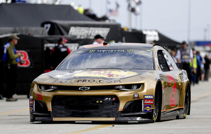 NASCAR tosses car chiefs for 3 drivers before Daytona 500