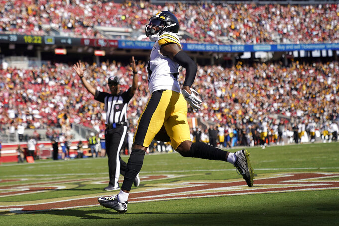 Pittsburgh Steelers wide receiver Diontae Johnson scores against the San Francisco 49ers during the second half of an NFL football game in Santa Clara, Calif., Sunday, Sept. 22, 2019. (AP Photo/Tony Avelar)