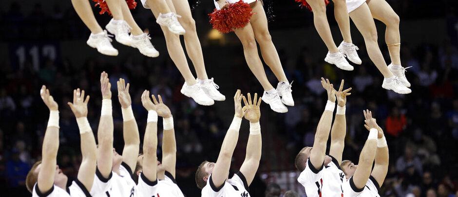 APTOPIX NCAA Harvard Cincinnati Basketball