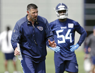 Mike Vrabel, Robert Spillane, Rashaan Evans