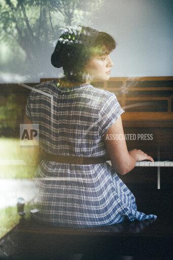 Norah Jones Portrait Session
