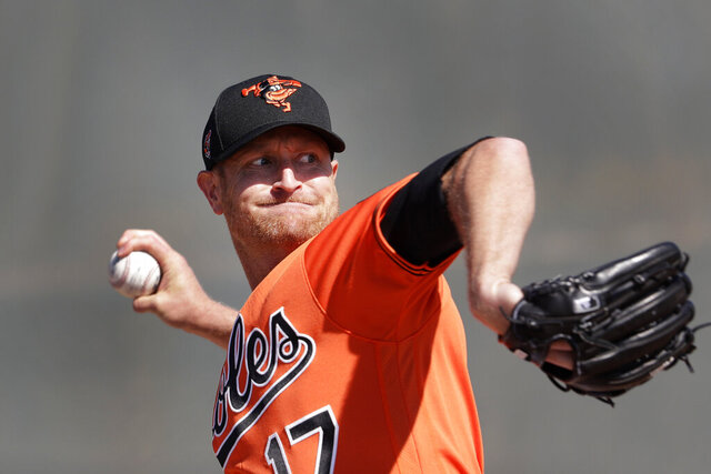 Baltimore Orioles starting pitcher Alex Cobb (17) throws during spring training baseball, Saturday, Feb. 15, 2020, in Sarasota, Fla. (AP Photo/John Bazemore)