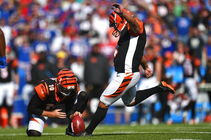 Cincinnati Bengals' Randy Bullock (4) kicks a field goal during the second half of an NFL football game against the Buffalo Bills, Sunday, Sept. 22, 2019, in Orchard Park, N.Y. (AP Photo/Adrian Kraus)