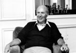 FILE - In this Oct. 3, 1977 file photo, writer-director Carl Reiner appears during an interview about his movie