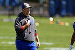 New York Giants head coach Joe Judge directs his team during NFL football practice in East Rutherford, N.J., Thursday, May 27, 2021. (AP Photo/Adam Hunger)