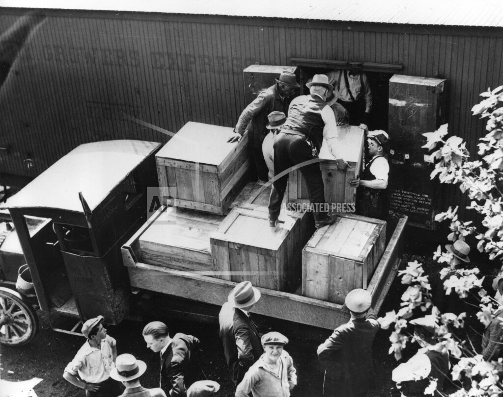 Associated Press Domestic News Dist. of Columbia United States U.S. ALCOHOL PROHIBITION BUST