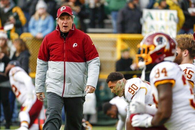 Washington Redskins head coach Bill Callahan watches warm ups before an NFL football game Sunday, Dec. 8, 2019, in Green Bay, Wis. (AP Photo/Matt Ludtke)