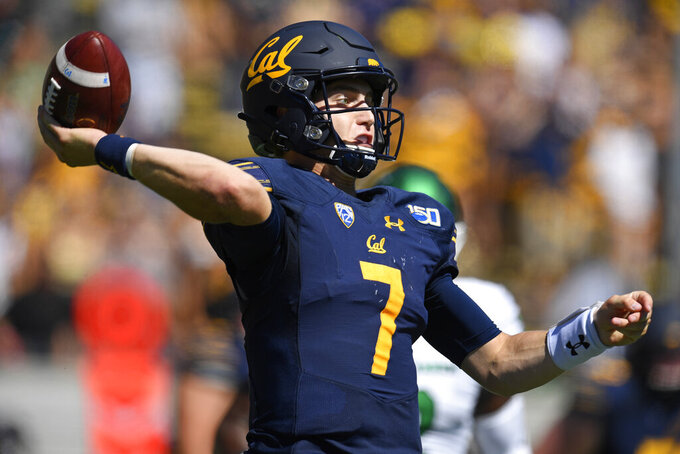 California quarterback Chase Garbers (7) looks to pass the ball against North Texas during the first half of an NCAA college football game at Memorial Stadium in Berkeley, Calif., on Saturday, Sept. 14, 2019. (Jose Carlos Fajardo/San Jose Mercury News via AP)
