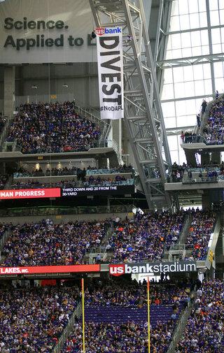 Oil Pipeline Protest Vikings Stadium