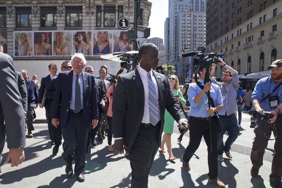 Dem 2016 Sanders Security