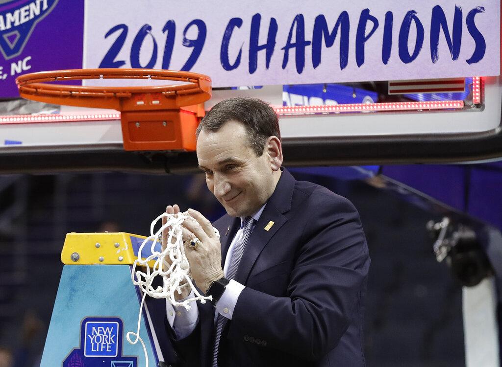 Kansas, Kansas State head west for NCAA first round
