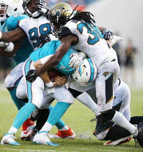 Dolphins Jaguars Football