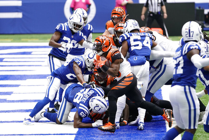 Cincinnati Bengals' Giovani Bernard (25) runs for a touchdown during the first half of an NFL football game against the Indianapolis Colts, Sunday, Oct. 18, 2020, in Indianapolis. (AP Photo/AJ Mast)