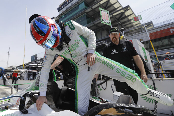From dugouts to pit stalls, Steinbrenner tackles Indy 500