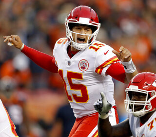 Chiefs Keeping it Light Football