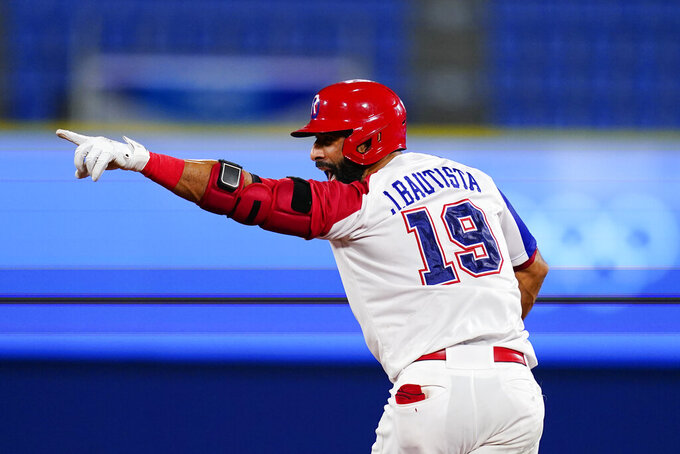 Bautista's hit, and bat flip, helps Dominicans oust Israel